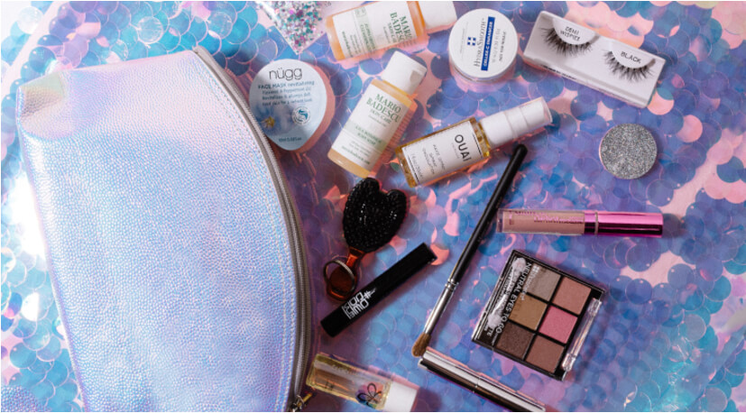 Beauty Bay HOLLA-GRAPHIC Summer Goody Bag