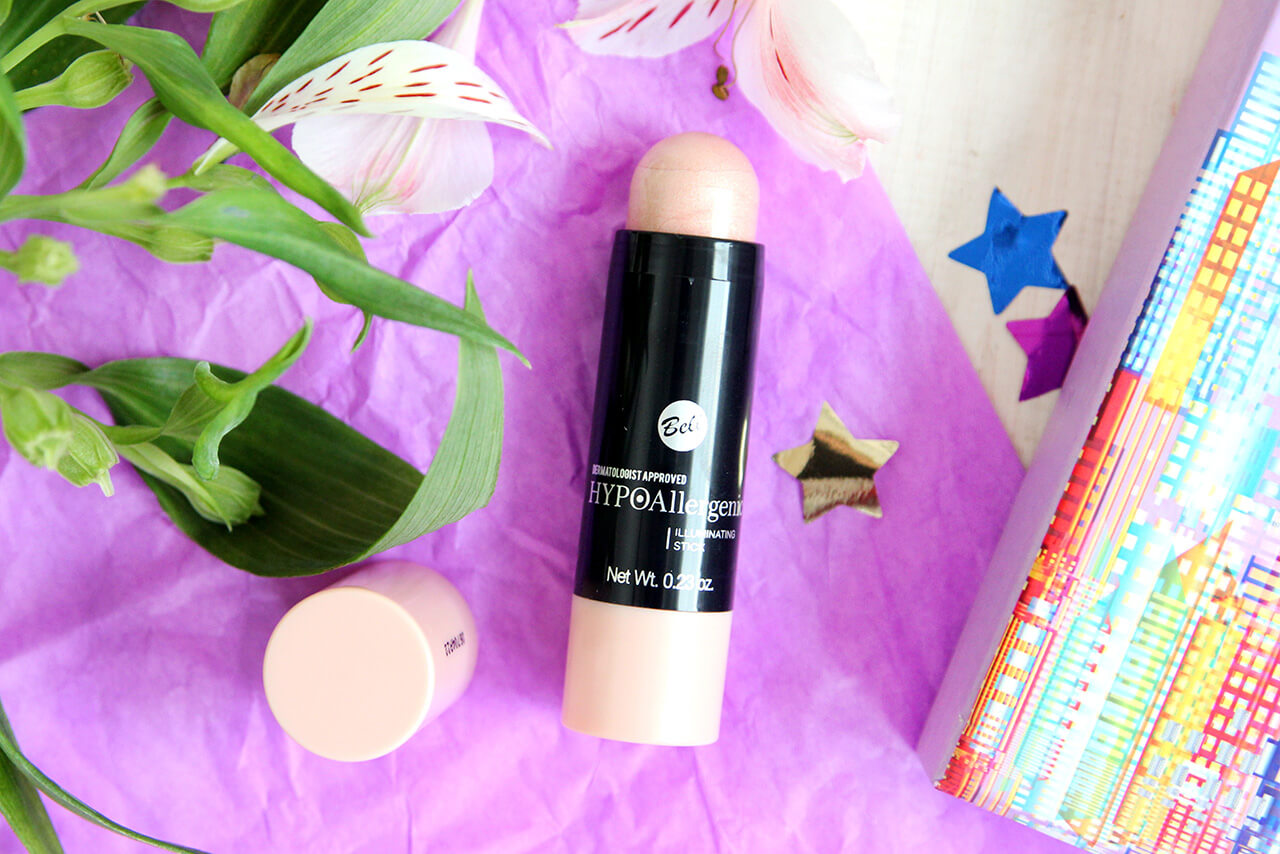 Хайлайтер в стике Bell HypoAllergenic Illuminating Stick