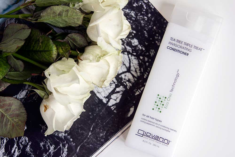 Кондиционер Giovanni Tea Tree Triple Treat Invigorating Conditioner