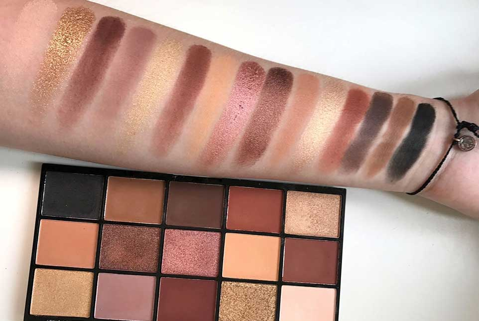 Палетка Revolution Re-Loaded Palette Velvet Rose