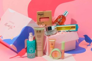 Lookfantastic Limited Edition Love Box наполнение