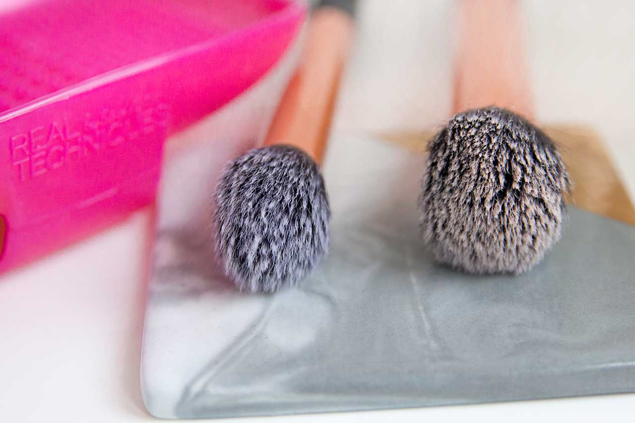 Real Techniques Brush Cleansing Palette отзыв