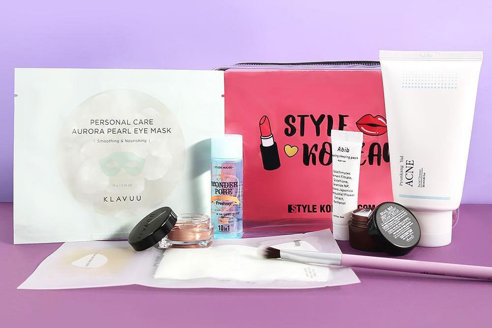 STYLEKOREAN K-Beauty Box #08 (Starry Box)