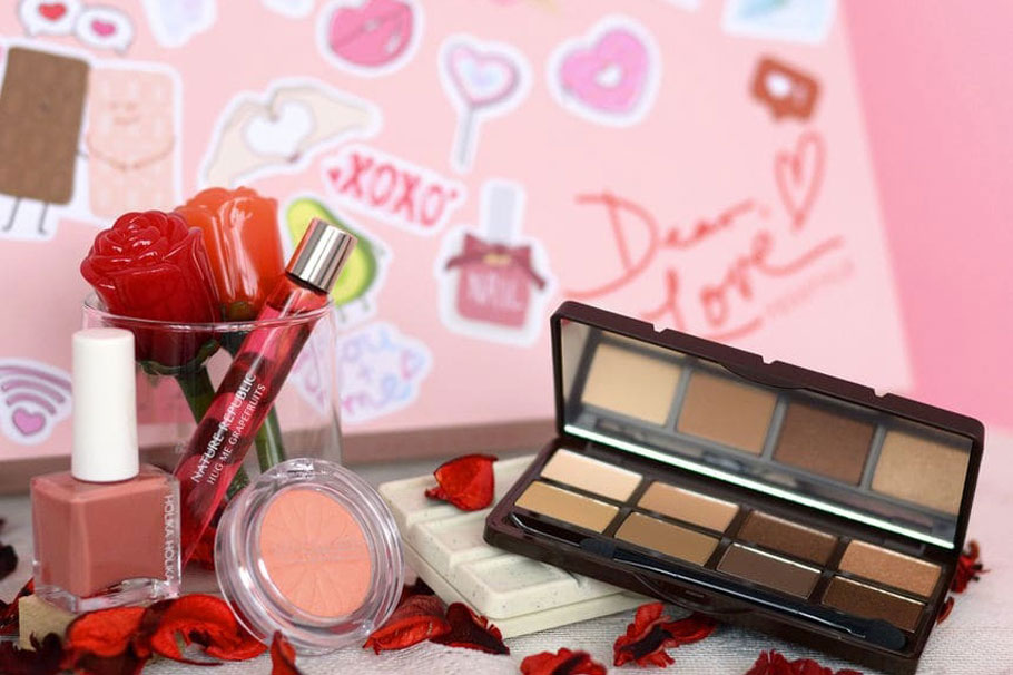 Yes Style Dear Love Valentine's Box