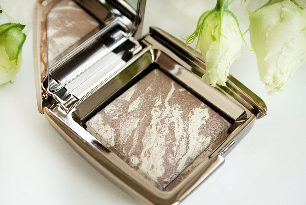 отзыв о бронзере Hourglass Ambient Lighting Bronzer