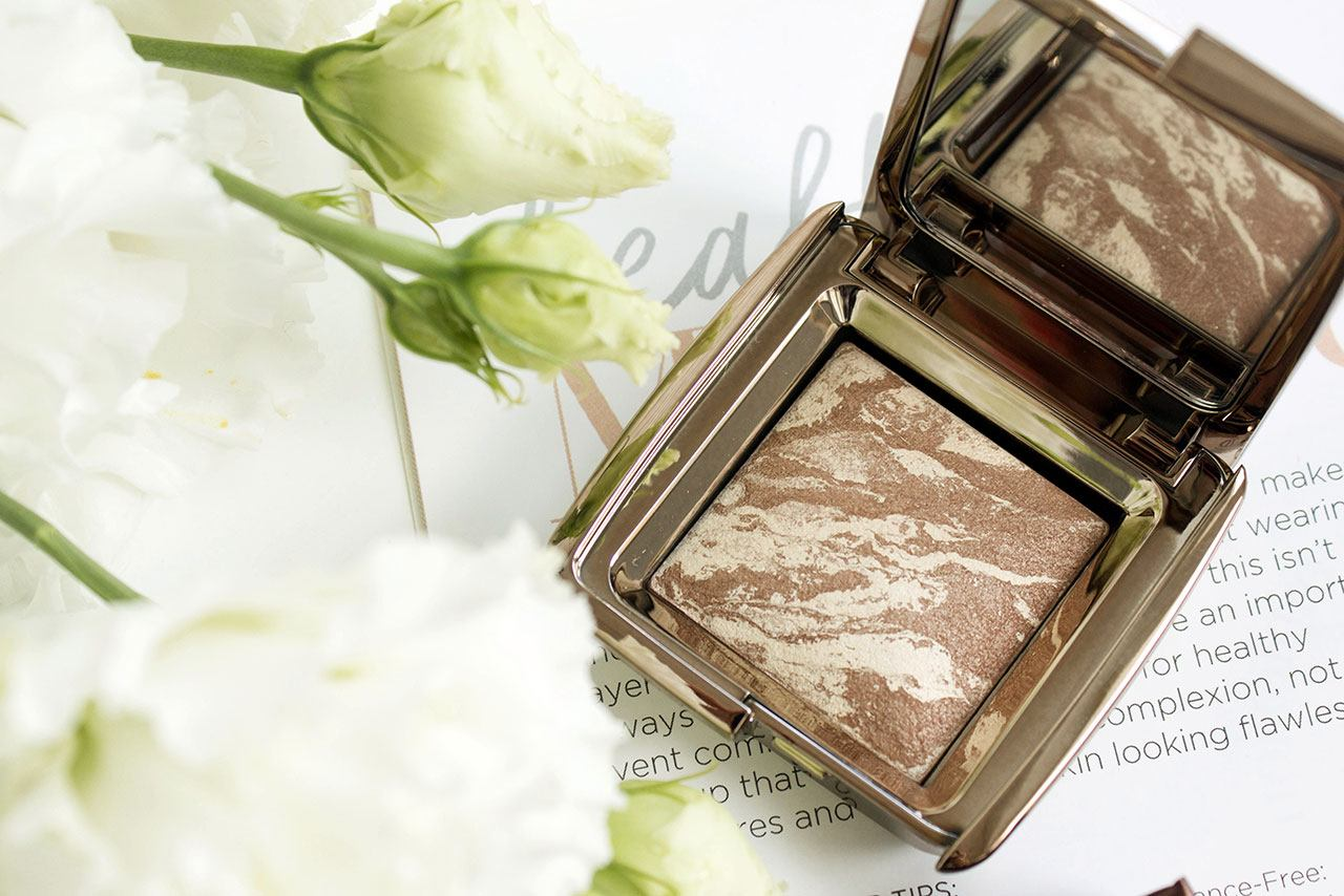 отзыв о бронзере Hourglass Ambient Lighting Bronzer в оттенке Diffused Bronze Light