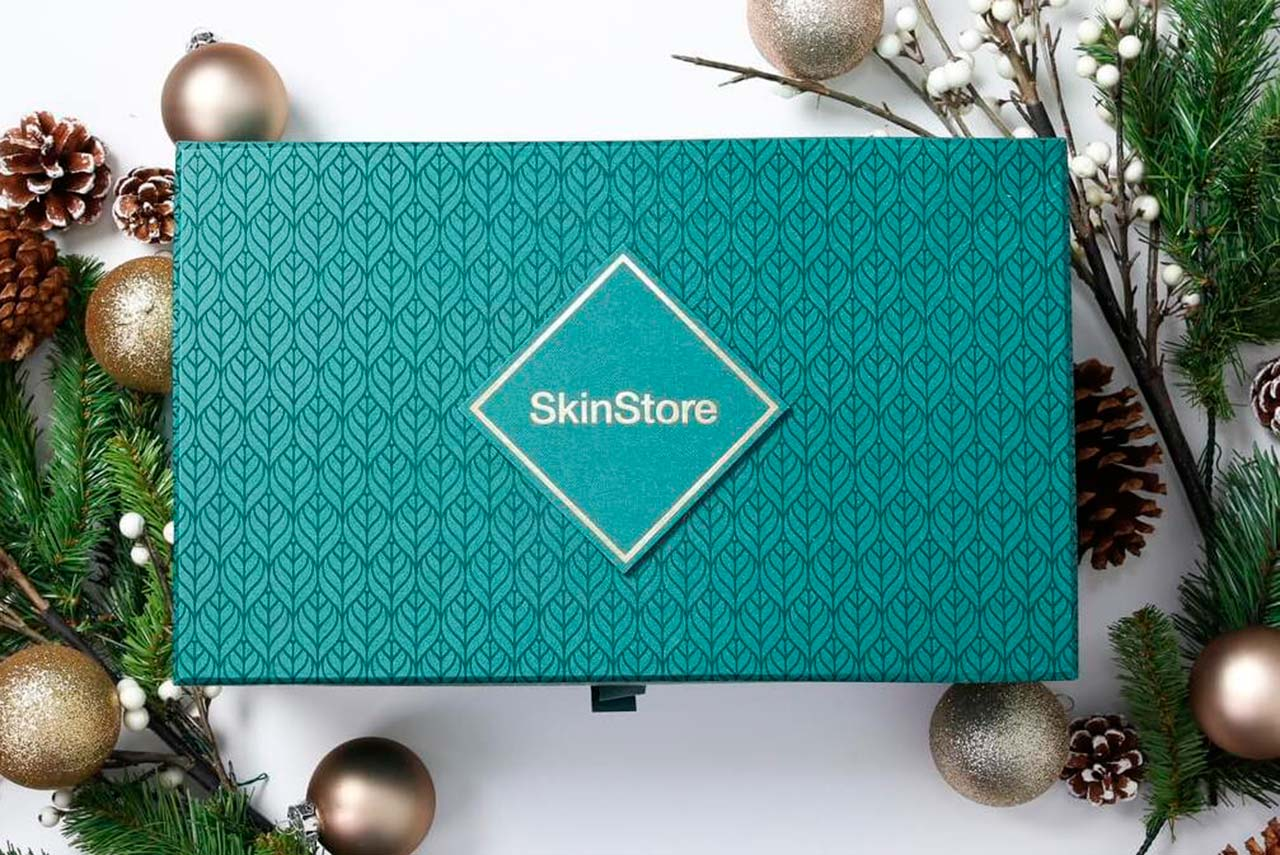 бокс SkinStore Limited Edition Holiday Box