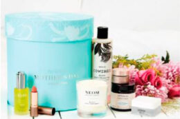 Lookfantastic Mother's Day Collection Beauty Box 2020 — наполнение