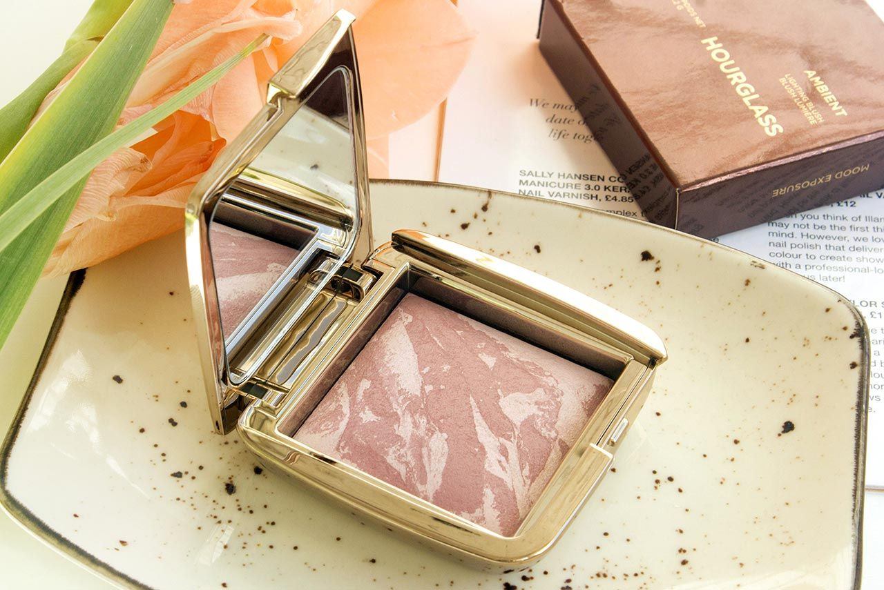 Hourglass Ambient Lighting Blush в оттенке Mood Exposure
