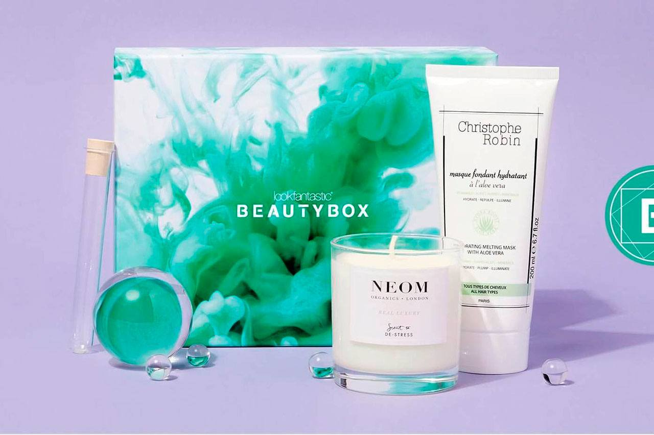 коробочка Lookfantastic The Science of Beauty Beauty Box